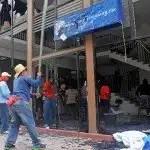 Fotos: Maestros de Guerrero destrozan las sedes de los partidos políticos