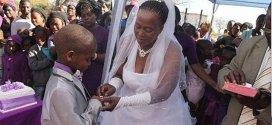 Insólito: Mujer de 62 años se casa con niño de 9 - Fotos y Vídeo