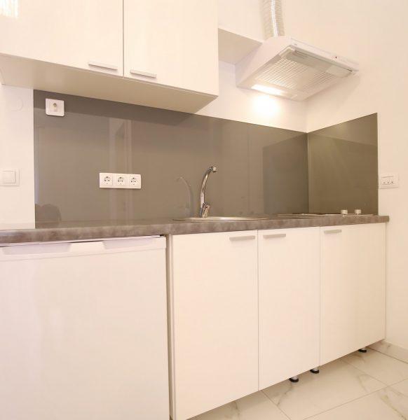 Apartment_24
