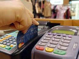 Los gastos con tarjeta en el exterior llegan al récord de u$s 28 millones diarios