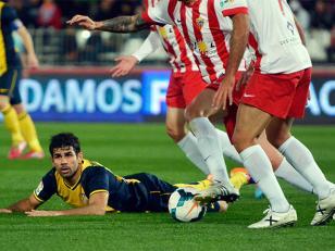 Atlético de Madrid perdió y comparte la punta
