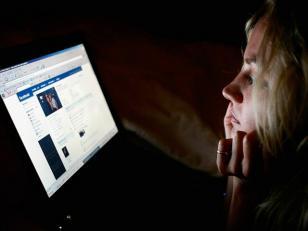 El 36 por ciento de los jóvenes acepta citas con personas que conocen por Internet