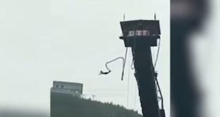 VIDEO: SE LANZA EN BUNGEE Y SE LE CORTA DE LA CUERDA