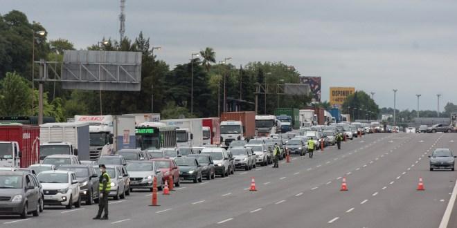Nuevas medidas para restringir la circulación de autos