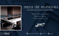 mueble-de-oficina-mesa-de-reuniones