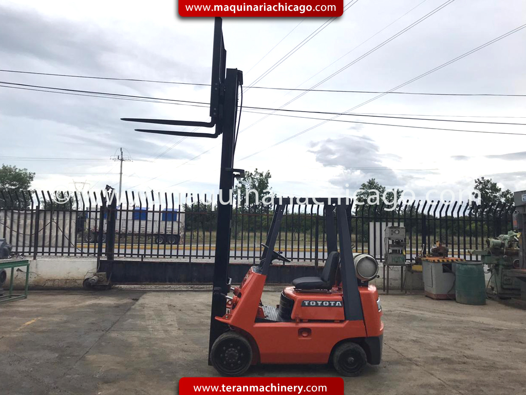 ax1664c-montacargas-toyota-forklift-usado-maquinaria-used-machinery-04
