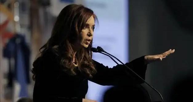 Kirchner quiere bajar la edad para votar a 16 años y cambiar las Leyes para ser reelecta