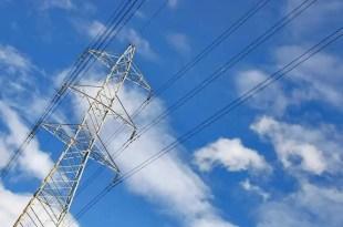 A partir de octubre bajará la tarifa eléctrica