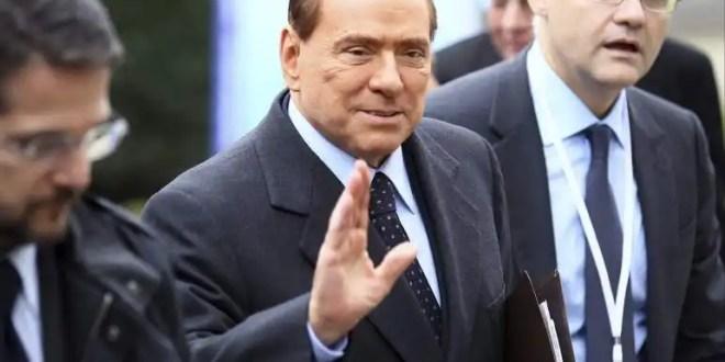 Berlusconi es condenado a 4 años de prisión por fraude fiscal