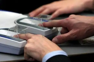 La nueva forma de pagar, sin dinero ni tarjetas, con el dedo