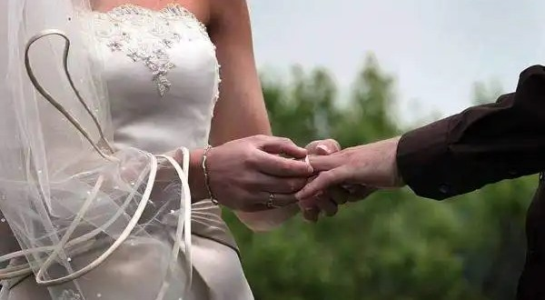 España cambiará la edad mínima para trabajar, contraer matrimonio y emanciparse