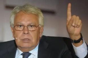 Felipe González se pone al mando del PSOE