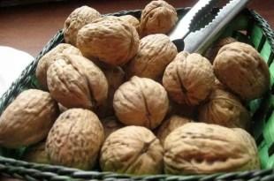 Consumir nueces y aceite de oliva reduce el riesgo de sufrir un infarto