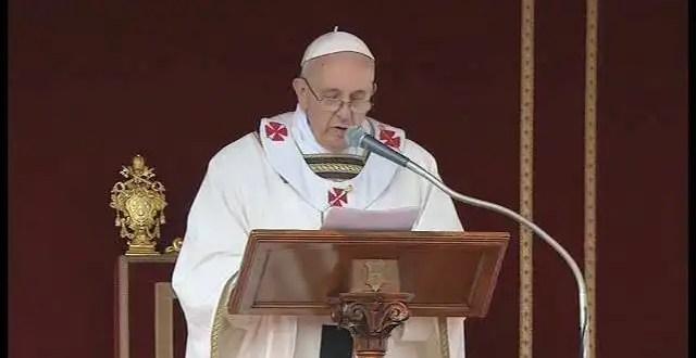 Francisco anuncia un pontificado al servicio de los pobres