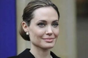 Angelina Jolie se hace una doble mastectomía para prevenir el cancer