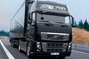 Aumentan los contratos a camioneros rumanos y portugueses para pagarles menos