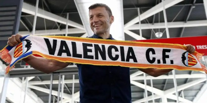 Miroslav Djukic es el nuevo entrenador del Valencia CF