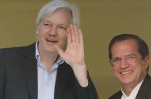 Londres y Quito buscan una solución para Julian Assange