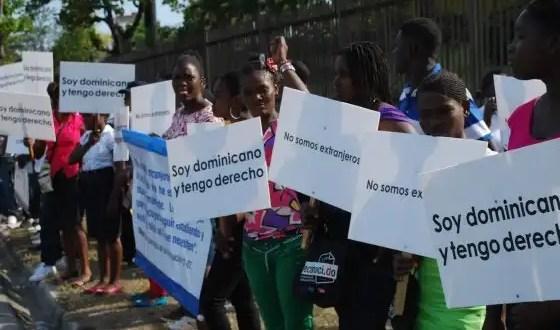República Dominicana quita la nacionalidad a los hijos de 'sin papeles'