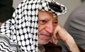 Los análisis forenses hallan envenenamiento en el cadáver de Yaser Arafat