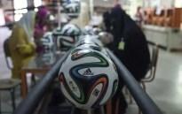 Mira cómo se fabrican los balones del Mundial de Brasil-8
