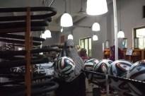 Mira cómo se fabrican los balones del Mundial de Brasil-9