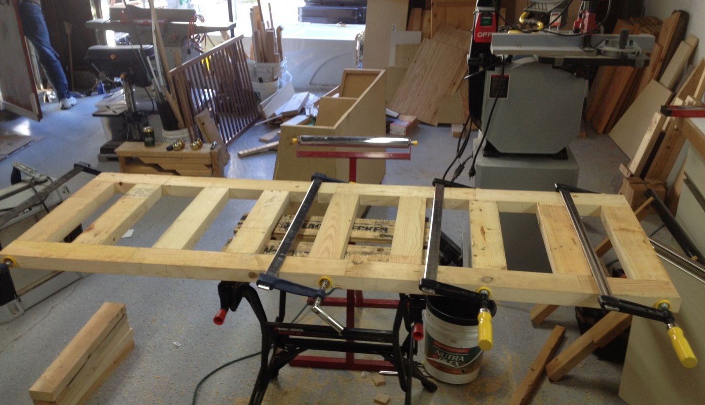 The workbench top takes shape