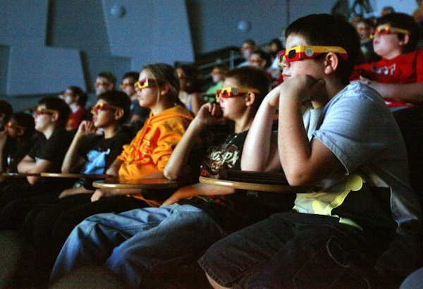 After-School Program Exposes Students to Virtual Reality