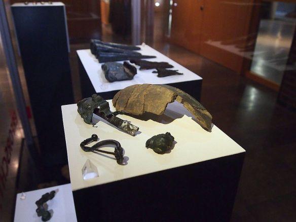 Diese Pflugwerkzeuge wurden an mehreren Fundstellen im Siegerland entdeckt. Foto: LWL/Jülich