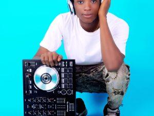 DJ Kaxi