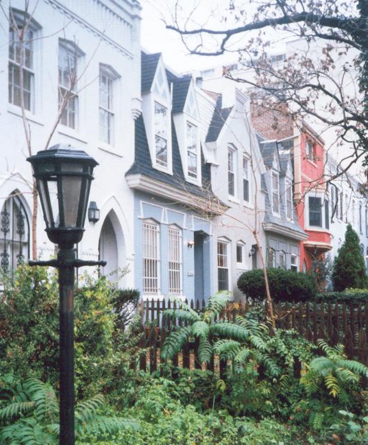 House in West Georgetown (Source: Espartaco Madureira Coelho/Wikimedia Commons)