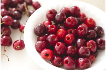 The Easy Way to Pit Cherries