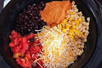 Crock Pot Black Bean and Corn Taco Dip | appetizer | taco dip | crockpot | recipe | Try this flavor packed appetizer, recipe from Six Clever Sisters
