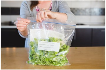 Storing lettuce | Storing Chopped Lettuce | Healthy Eating | In the fridge | This is how to store lettuce in your fridge for at least a week! Keep it cleaned and chopped so you can make a healthy lunch or dinner in no time at all!
