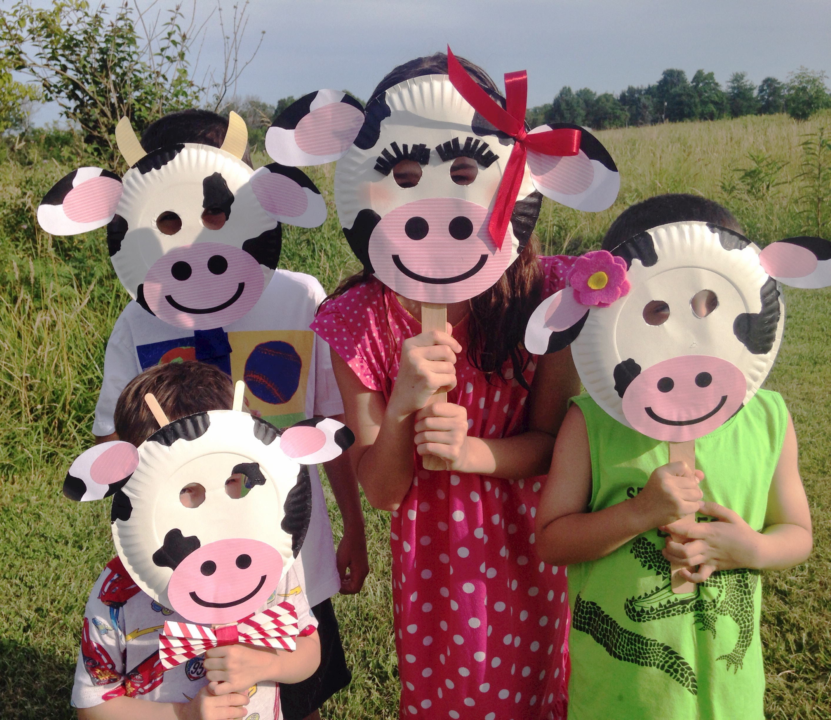 Chick-fil-a Cow Appreciation Day | Cow Appreciation Day Ideas | Chick- & Chick-fil-A Cow Appreciation Day Paper Plate Cow Masks With Free ...