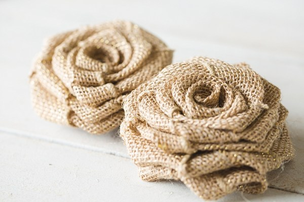 DIY Burlap Roses | Easy DIY Burlap Roses | Burlap Roses DIY | Burlap Roses Tutorial | Burlap Roses How to Make | Burlap Roses DIY Simple | DIY Burlap Rose Bouquet | DIY Burlap Rose Wreath
