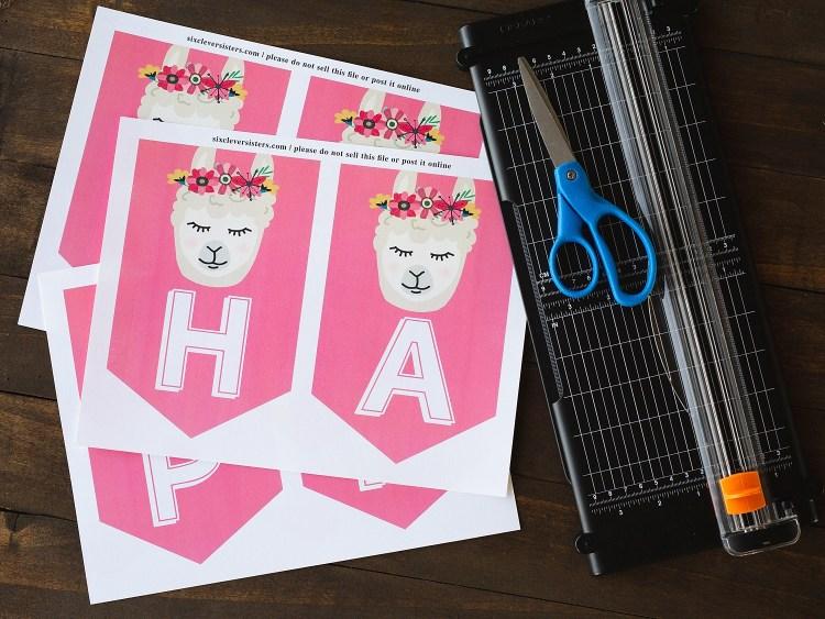 Llama Birthday Banner | Llama Banner | Llama Banner DIY | Llama Birthday Banner DIY | Llama Banner Printable | Llama Banner Free | Llama Banner Printable | Llama Banner Free Printable | Llama Party Banner Printable | Llama Birthday Banner Free Printable #llama #llamaparty #llamabirthday