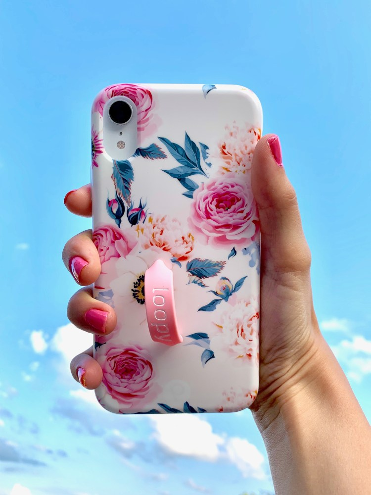 Phone Cases | Phone Cases Cute | Phone Cases Aesthetic | Phone Cases Country | Phone Cases Flowers | Polka Dots | Phone Cases iPhone | Pretty Phone Case | Loopy Phone Case | Best Phone Cases | Womens Gift Ideas | Easy Gift Idea | Gifts under $50 | Six Clever Sisters