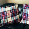 Simple Frayed Edge Pillows | Fall Decor | Home Decor | Throw Pillows | DIY Pillows | Living Room | Fall | Christmas | Christmas Decor | Flannel | Flannel Pillows | Homespun | Frayed Edge | Easy Sewing | Plaid Pillow