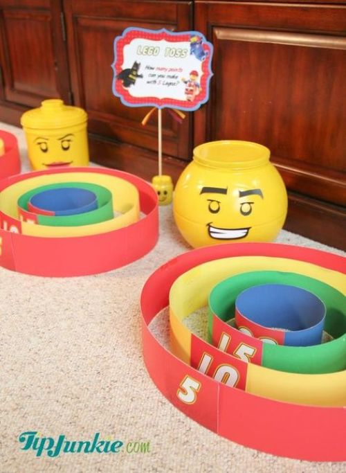 Indoor Games for Kids | Indoor Games to Play With Kids | Indoor Games at Home | Activities for Kids | Activities for Kids at Home | Activities at Home | Quarantine Activities for Kids | Indoor Activities for Kids | Indoor Activities | Stuck inside with kids who need some fresh, indoor activities? These fun games and activities for kids are perfect for quarantine and will give them tons of fun! #kids #activities #activitiesforkids #quarantine #quarantinegames #games #kidsactivities