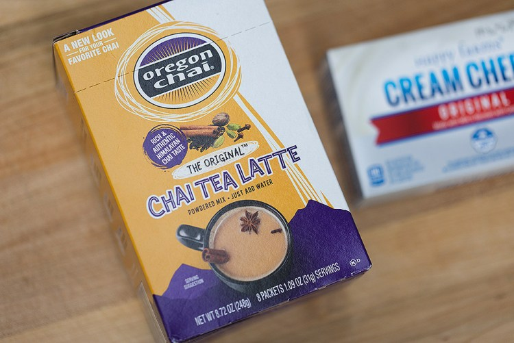 Chai Latte Cream Cheese Spread | Easy Chai Cream Cheese Hack | Flavored Cream Cheese Hack | Flavored Cream Cheese Spreads | Flavored Cream Cheese Recipes | Flavored Cream Cheeses
