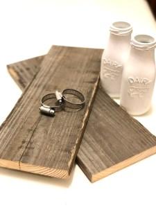 Mason Jar Sconces | DIY Jar Sconce | Mason Jar DIY | Farmhouse Decor | DIY Farmhouse | Learn how to make these beautiful mason jar sconces for your farmhouse at SixCleverSisters.com