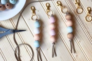 Keychain | DIY Keychain | Wood Craft | DIY Wood | Custom Keychain | DIY Gift | Budget Gift | Baby Gift | Housewarming | Wood Beads | Jewelry Making | DIY Wood | Six Clever Sisters