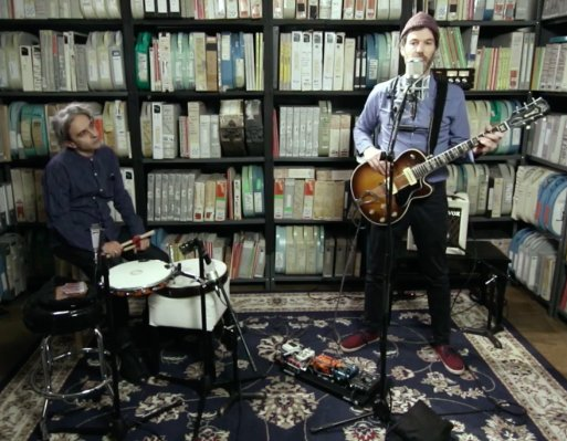 Piers Faccini does a live session for Paste Magazine