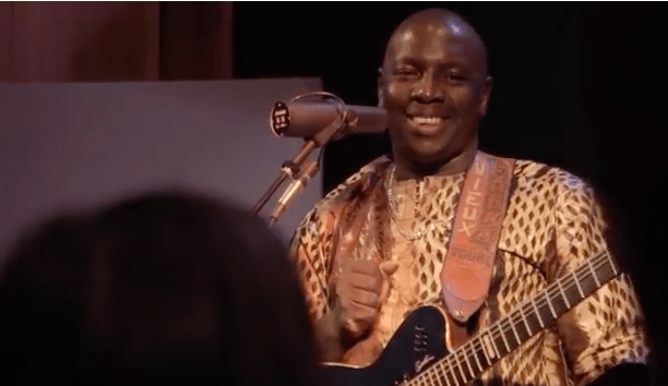 Afropop premieres a new video by Vieux Farka Touré from his upcoming album samba