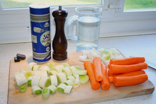 Ingrediënten wortel-prei soep