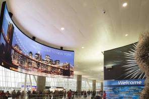 Projects: JFK's T4 Now Greets Arrivals With Big, Sweeping LED Display