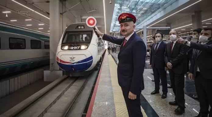 Adil Karaismailoğlu YHT Tren