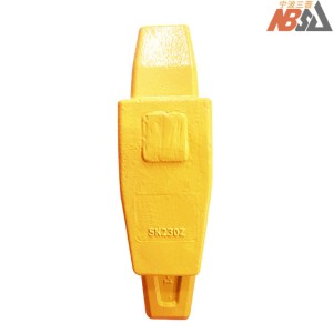 Kobelco Tooth Point SK230 Bucket Adapter
