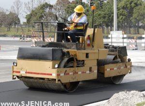bager mali za asfaltiranje